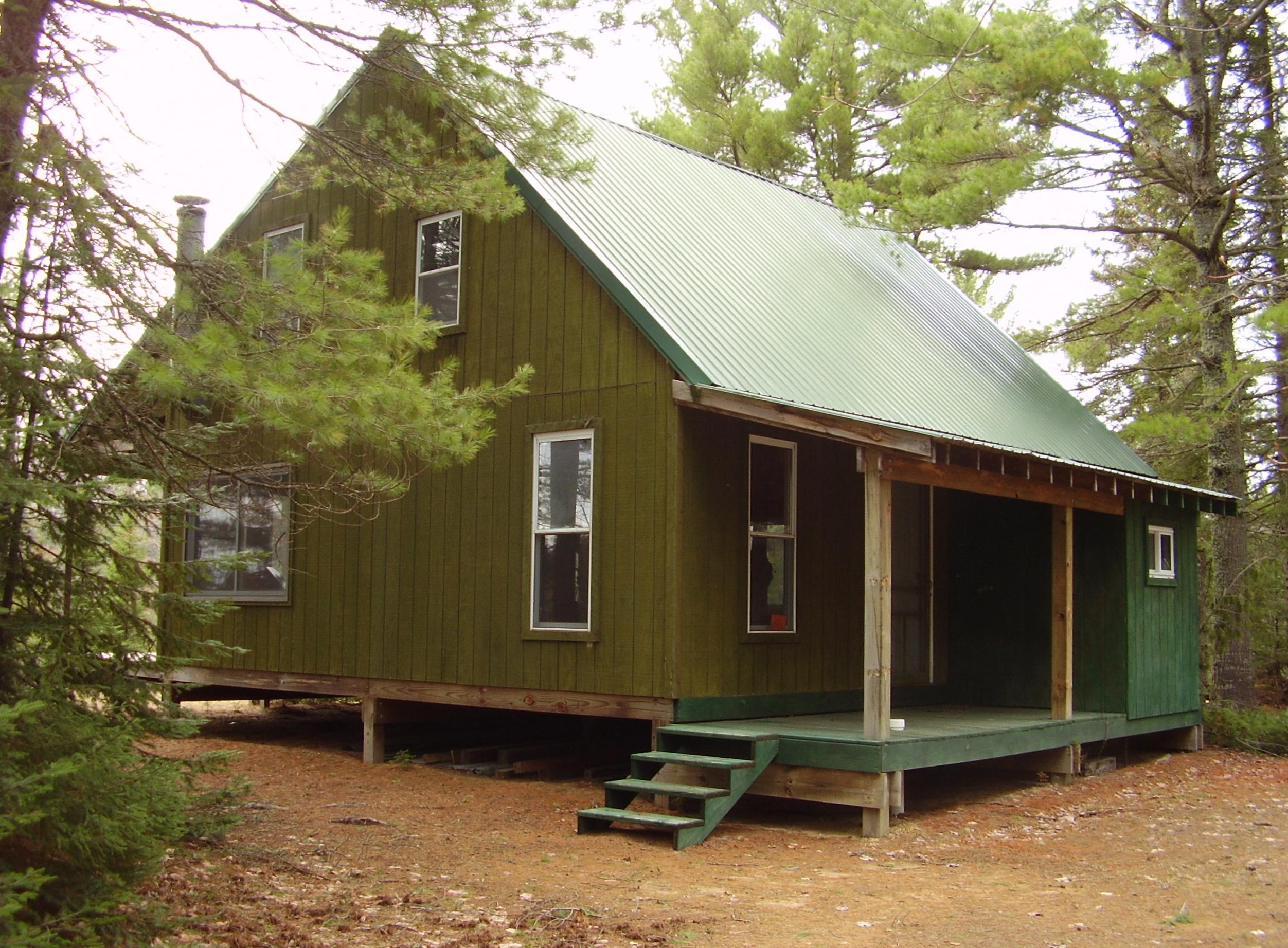 Paradise mi homes derek tait curt pratt superior for Cottage builders in michigan
